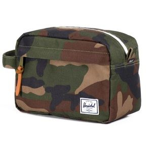 "Herschel Supply Company Bags - NWT Herschel Supply Co ""Chapter"" Toiletry Case"
